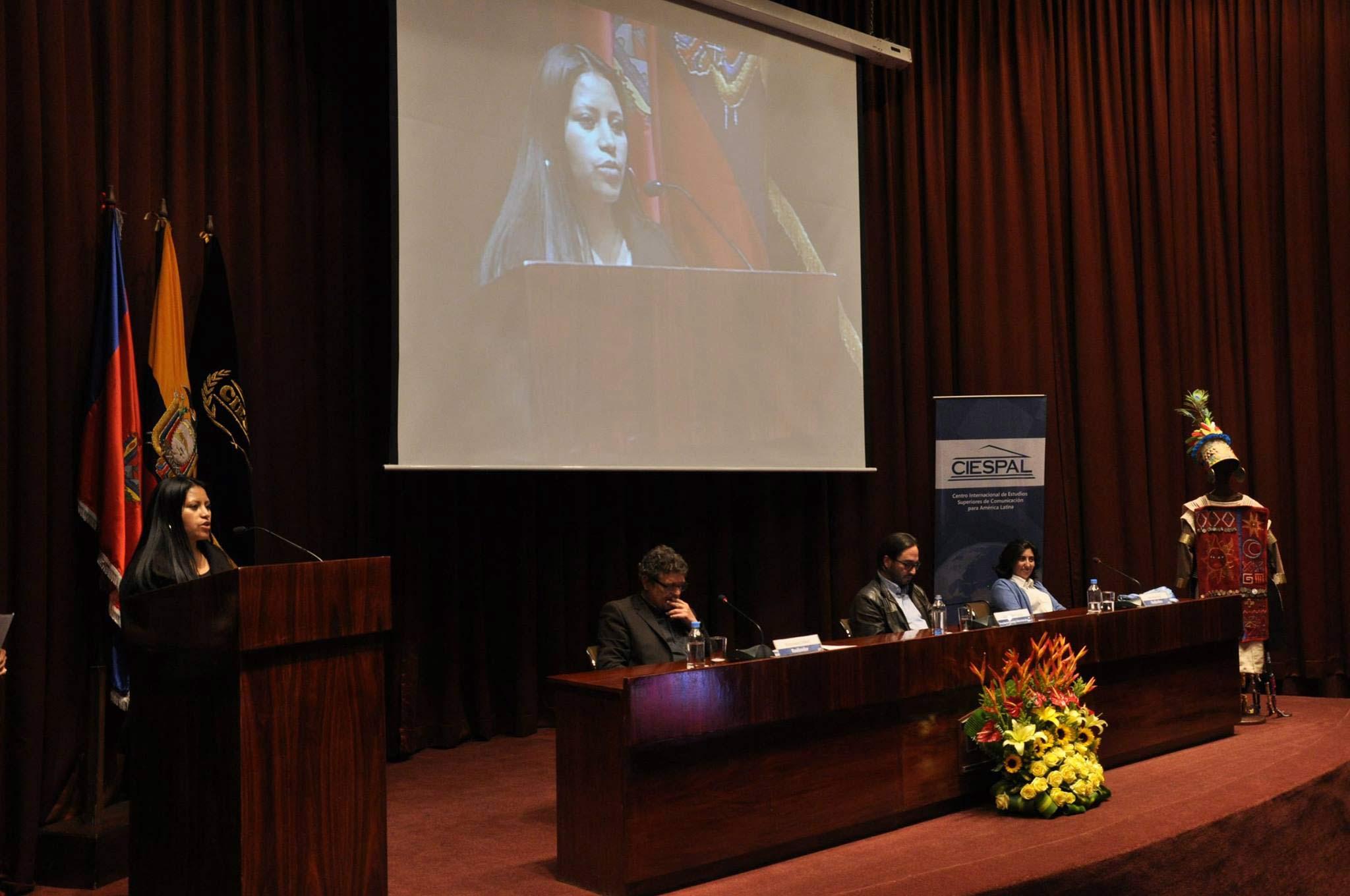 """Excelente acogida del documental """"Warmi Kunapak Rimari"""" en su presentación"""