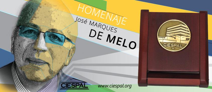 CIESPAL otorga la Medalla de Oro al Profesor José MARQUES DE MELO en el marco de PENSACOM 2015