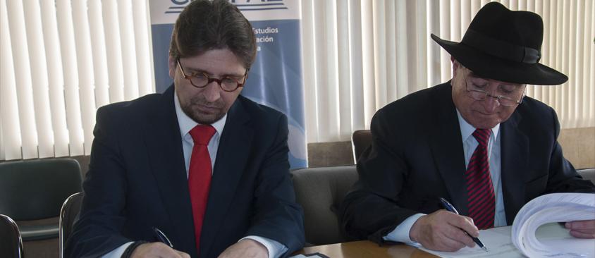 CIESPAL y Universidad Andina Simón Bolívar sede Bolivia firman convenio de cooperación