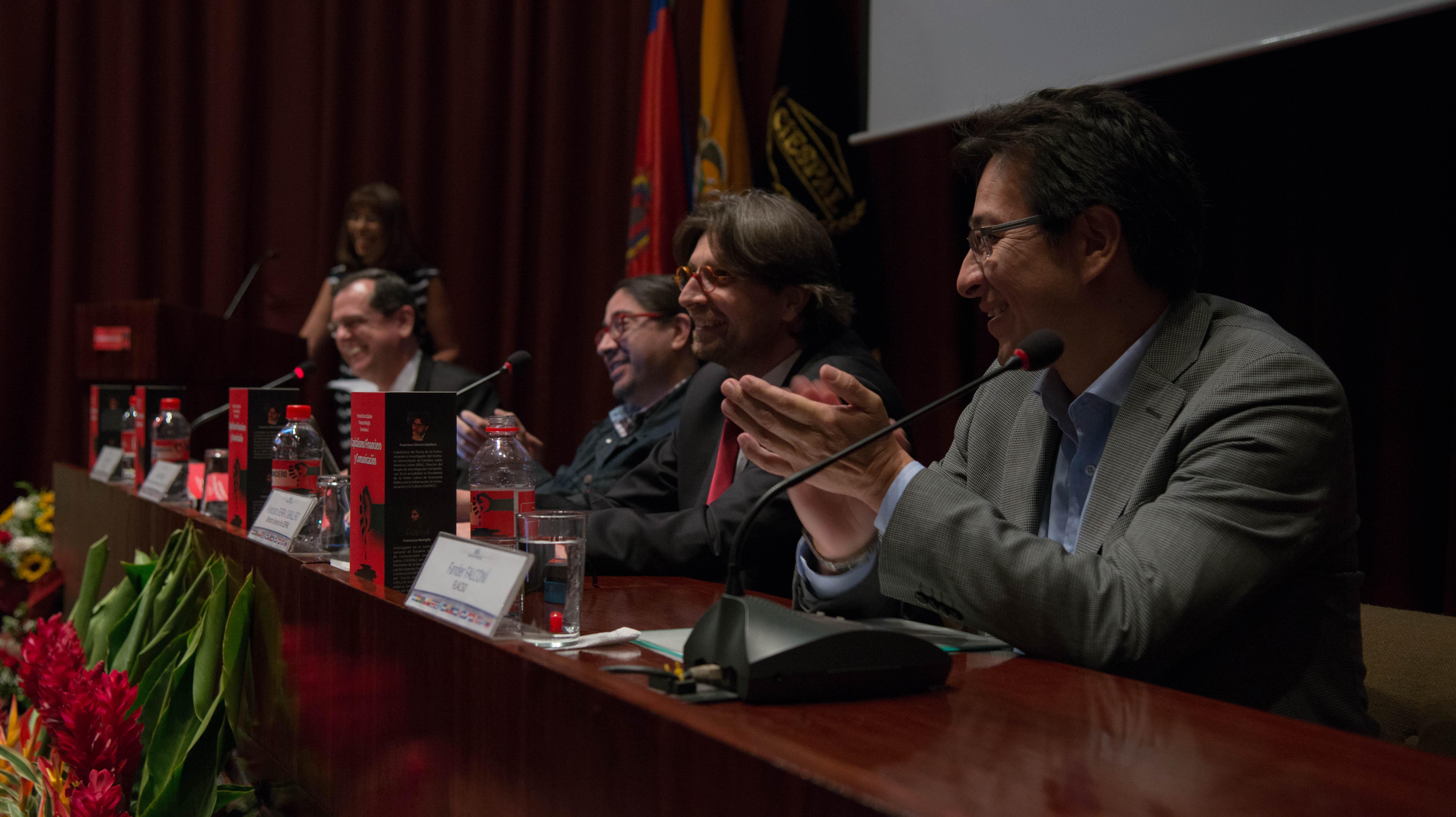 Ediciones CIESPAL presenta primer libro en español sobre capitalismo financiero y comunicación