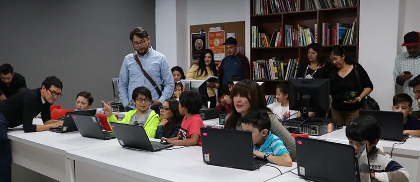 Concluyó el primer curso vacacional sobre Scratch en el MedialabUIO de CIESPAL